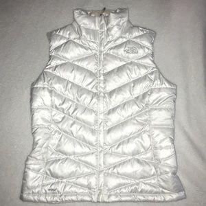 Women's Medium North-face Winter Vest